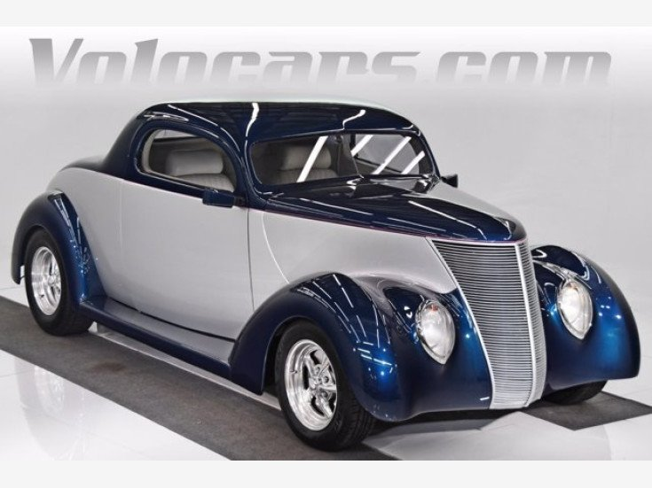 1937 Ford Custom for sale 101542132