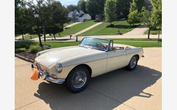 1967 MG MGB for sale 101192256
