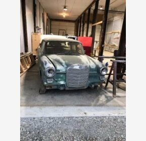 1967 Mercedes-Benz 230 for sale 100900324