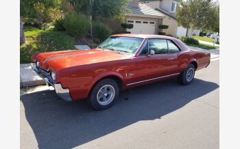 1967 Oldsmobile Cutlass Sedan for sale 101065612