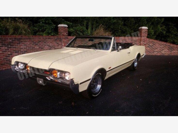 1967 Oldsmobile Cutlass for sale near Huntingtown, Maryland