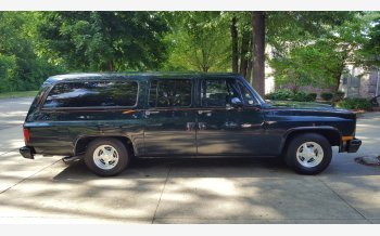 1982 Chevrolet Suburban 2WD 2500 for sale 101093465