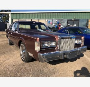 1985 Lincoln Town Car for sale 101251620