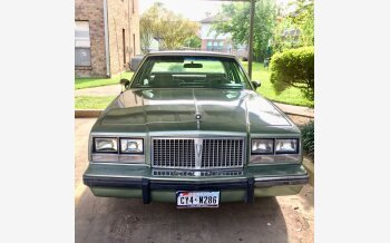 1985 Pontiac Bonneville Sedan for sale 101215686