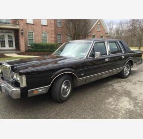 1988 Lincoln Town Car Classics For Sale Classics On Autotrader
