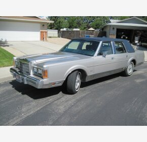 1989 Lincoln Town Car Signature for sale 101205633