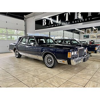 1989 Lincoln Town Car Signature for sale 101396610