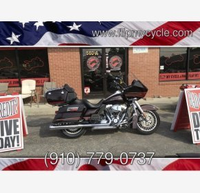 2011 Harley-Davidson Touring for sale 200708304