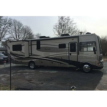 2013 Fleetwood Bounder for sale 300176282