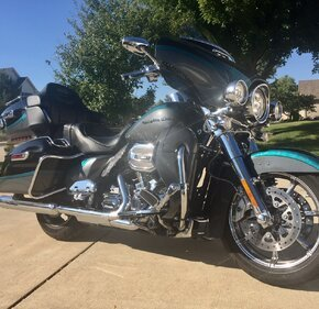 2015 Harley-Davidson CVO for sale 200665005
