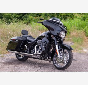 2015 Harley-Davidson CVO for sale 200813092