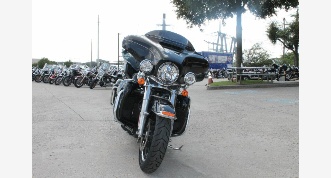 2016 Harley-Davidson Touring for sale 200628914