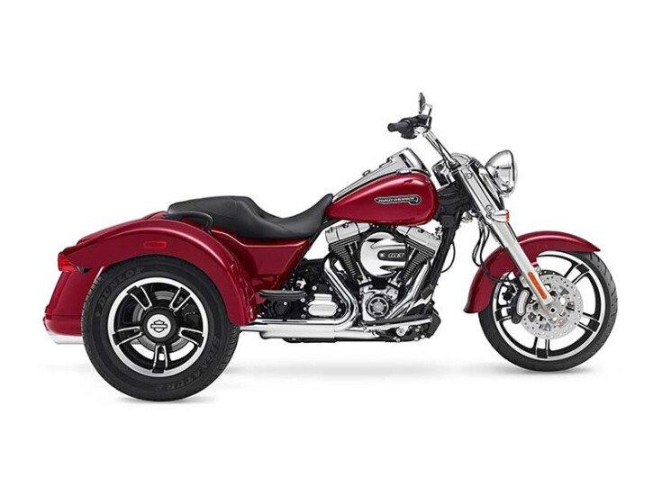 2016 Harley-Davidson Trike Freewheeler specifications