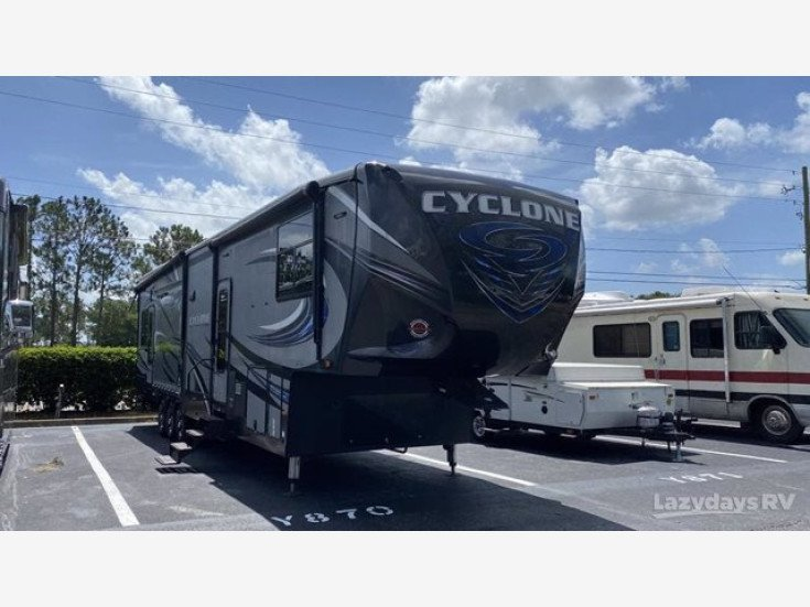 2016 Heartland Cyclone CY 4200 for sale 300317880
