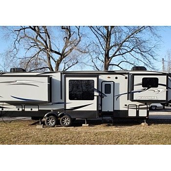 2016 Keystone Avalanche for sale 300215402
