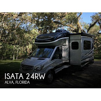 2017 Dynamax Isata for sale 300181619