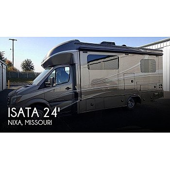 2017 Dynamax Isata for sale 300215582