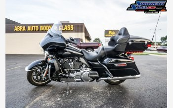 2017 Harley-Davidson Touring for sale 200618312