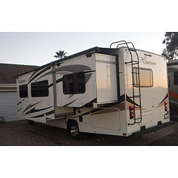 2018 Coachmen Freelander 28BH for sale 300219042