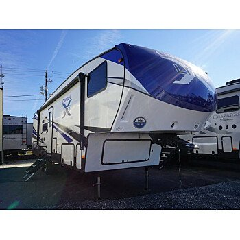 2019 Coachmen Chaparral for sale 300181336