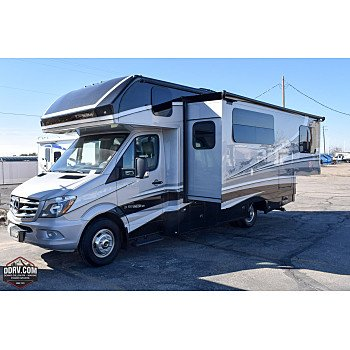 2019 Dynamax Isata for sale 300184411