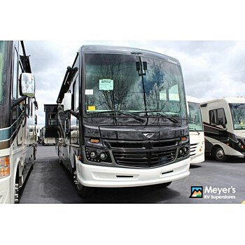 2019 Fleetwood Bounder for sale 300192809