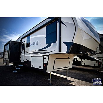 2019 Keystone Laredo for sale 300172700