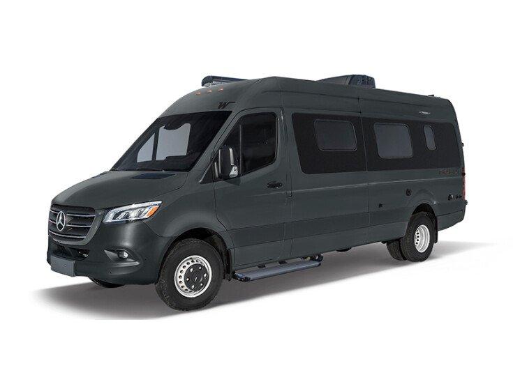 2020 Winnebago Boldt 70KL specifications