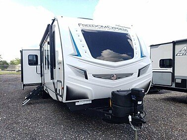 2021 Coachmen Freedom Express for sale 300248014