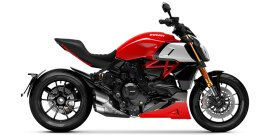 2021 Ducati Diavel 1260 S specifications