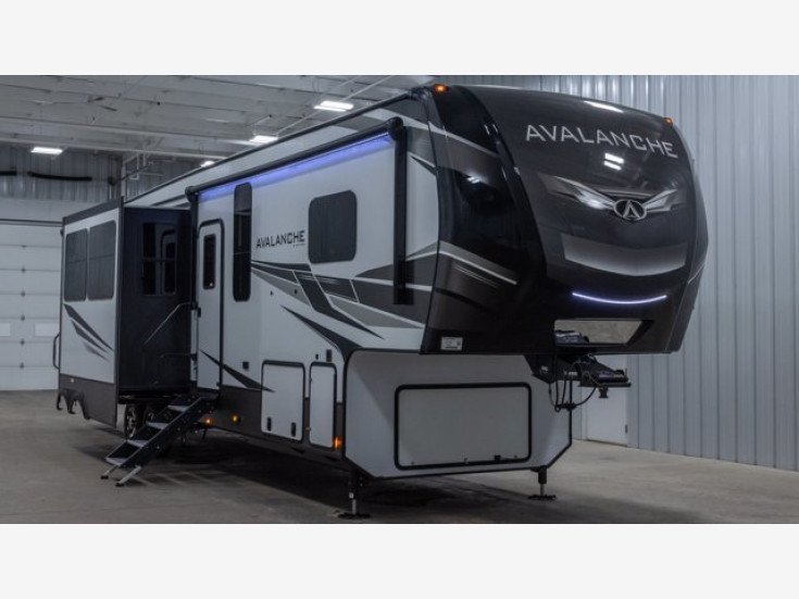2021 Keystone Avalanche for sale 300318368