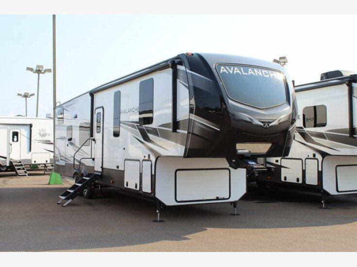 2022 Keystone Avalanche for sale 300327606