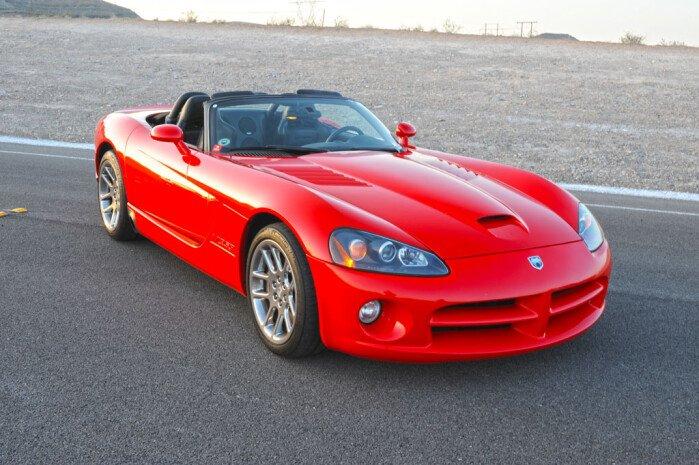 9 Daring Designs - 2003 Dodge Viper SRT-10