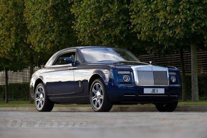 Johnny English's V16 Rolls-Royce
