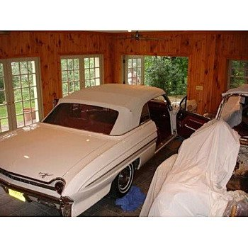 1961 Oldsmobile 88 for sale 100826162