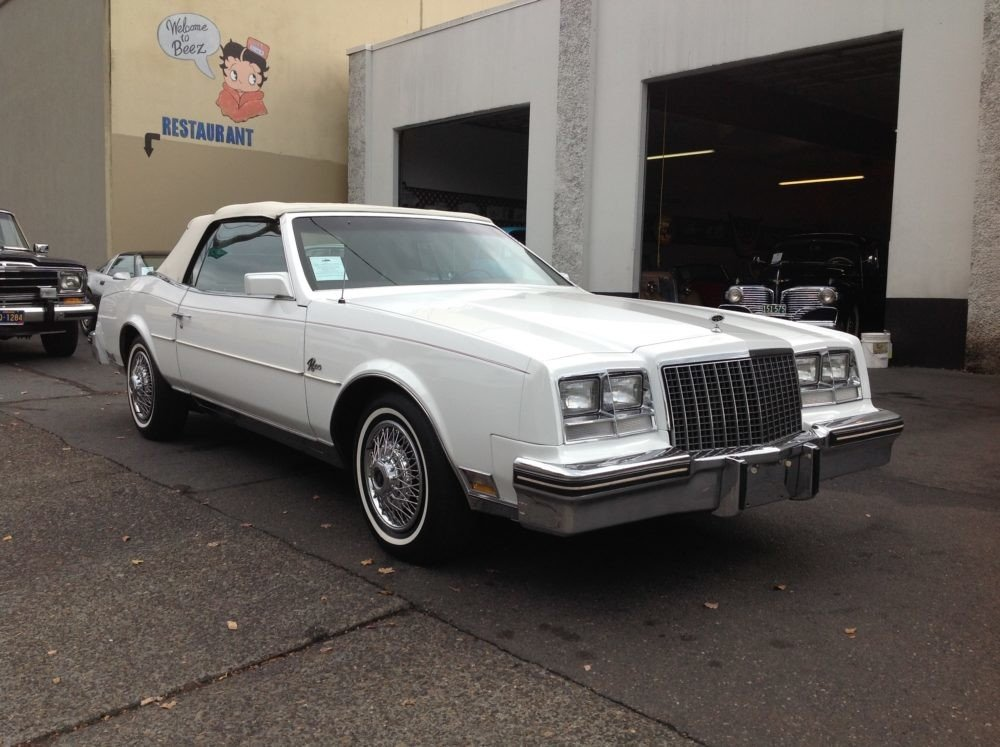 1982 Buick Riviera Clics For