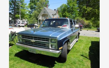 1987 Chevrolet Suburban 2WD for sale 101162197