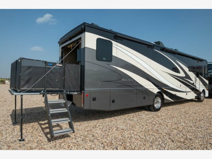 2019 Holiday Rambler Vacationer for sale near Alvarado, Texas 76009