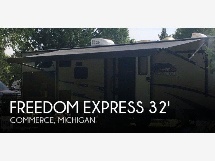 2015 Coachmen RV freedom express